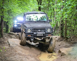 ZOR Deluxe Escort and Super Deluxe Escort for Samurai Customized YJ Suspension Systems